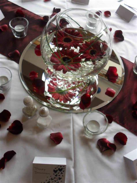 burgundy wedding table centerpieces burgundy and gold wedding centerpieces image collections