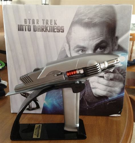 gifts for star trek unboxing the star trek into darkness gift set