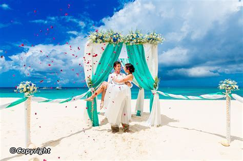 10 Great Hotels for Weddings in Phuket   Best hotels to