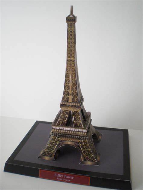 Eiffel Tower Papercraft - eiffel tower papercraft by insomniacbt on deviantart