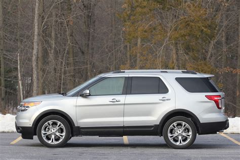 2011 Ford Review by 2011 Ford Explorer Review 05 Jpg