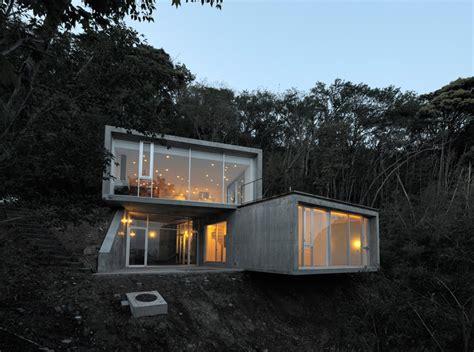 Florin Bpom florian busch architects a house in kisami