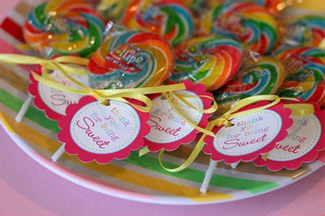 wedding favors lollipops lollipop wedding favors one stylish ultimate