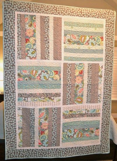 free patterns using fat quarters a quilt for claire free pattern good for fat quarters