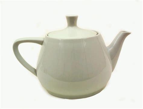A Pot Of Tea elm productions the clumsy teapot
