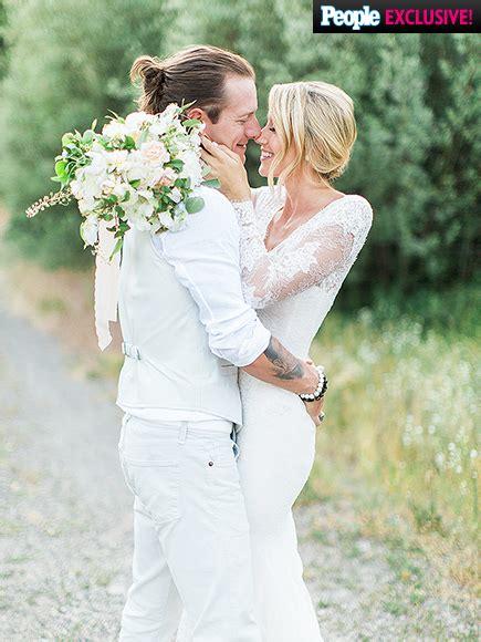 tyler hubbard wedding photos people com