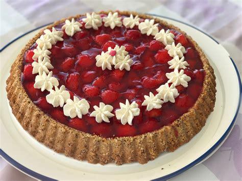 kuchen aus form lösen kuchen rutscht nicht aus der form appetitlich foto