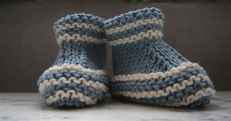 stay on booties knitting pattern stay on knit and crochet baby booties free patterns