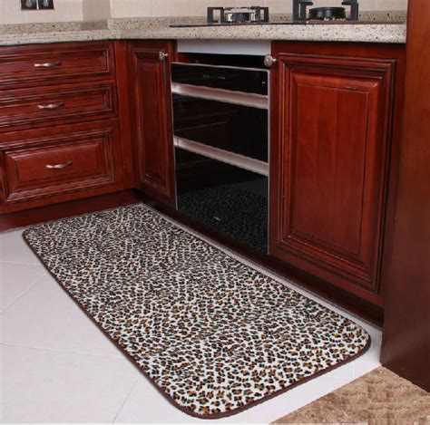 Leopard Kitchen Rug Best Kitchen Rugs And Mats Selections Homesfeed