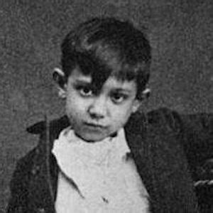 picasso biography facts pablo picasso as a child www pixshark com images