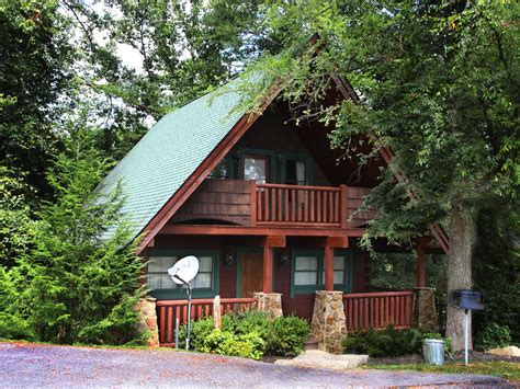 luxury cabin located minutes from dollywood vrbo