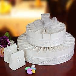 Wedding Cake Favors by Cake Box Favors Bakery Boxes With Seals And White Doilies