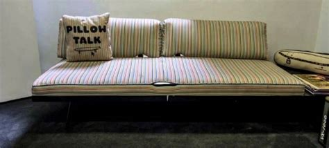 crail couch sparky