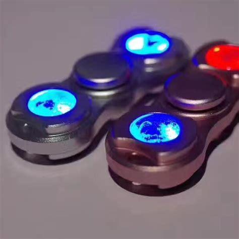 Fidget Spinner Lu Led fidget spinner led valoilla e ville