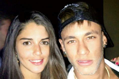 neymar biography in marathi brazilian actress izabelle leite a true blue soccer fan