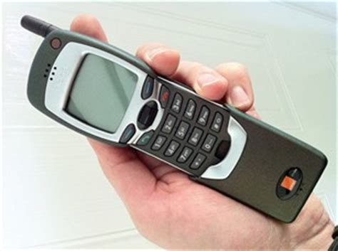 retro tech nokia phones  changed  mobile industry