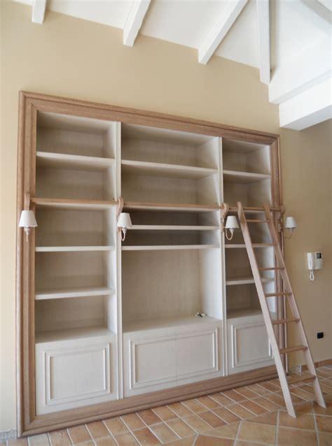 libreria con scala libreria quadro con scala atelier ga architettura e