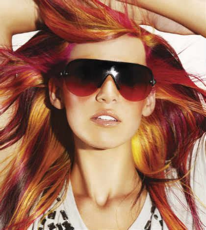 important factors    coloring  hair