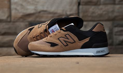 Nike Zoom Flynit Made In Ungu 1 new balance 577 brown
