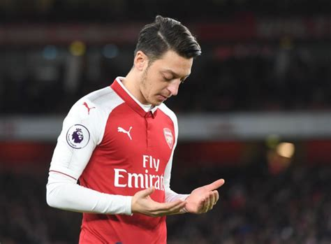 arsenal ozil news arsenal news mesut ozil update has fans convinced he is