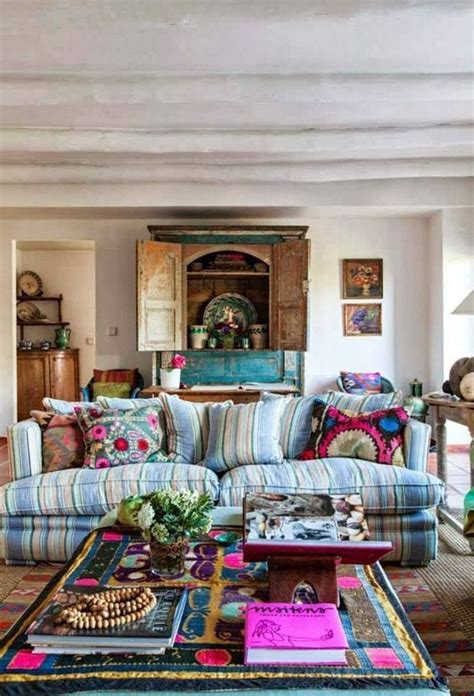hippie chic living room best 25 bohemian living rooms ideas on bohemian living bohemian apartment and