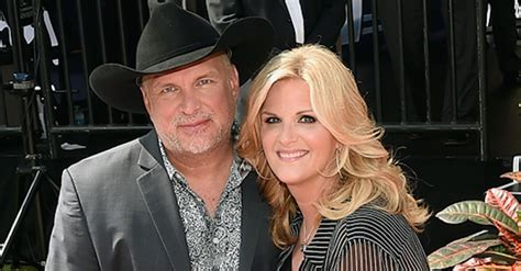 garth brooks and trisha yearwood reveal the moment they