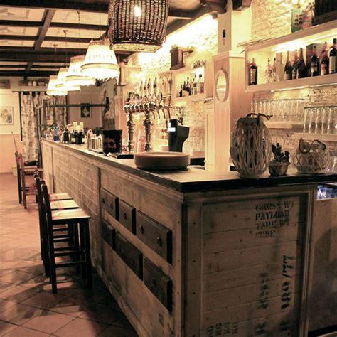 arredamenti per pub arredamento locali americani western arredamento per pub