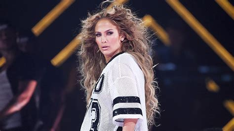Super Bowl Sweepstakes 2018 - j lo performs quot us quot at her super bowl 2018 performance is it about a rod life