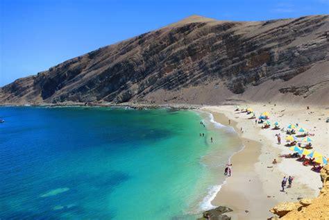 candelabro de paracas peru paracas peru beach the best beaches in the world