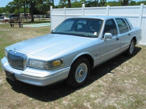 automotive service manuals 1997 lincoln town car head up display service manual 1997 lincoln town car climate control light replace service manual 2002