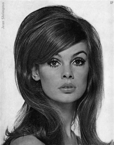 70s hairstyle pictures reporter look 60 s hair nostalgia pinterest 60s hair hair and