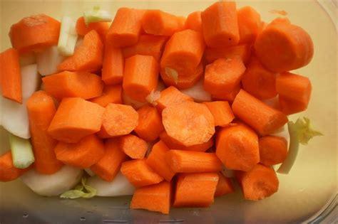 ricette per cucinare le carote carote in padella la ricetta per cucinare un contorno