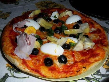 pizza soffice fatta in casa pizza fatta in casa morbida sopra croccante sotto paperblog