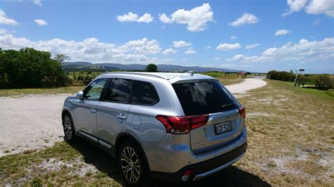 mitsubishi suv outlander 2016 review 2016 mitsubishi outlander suv part 1 nz techblog