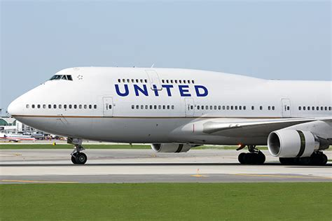 united airlines packing guidelines 10 ways to save on baggage fees family vacation critic