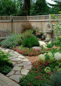 Gardening Ideas For Small Yards Best 25 Small Backyards Ideas On Small Backyard Patio Small Backyard Design And