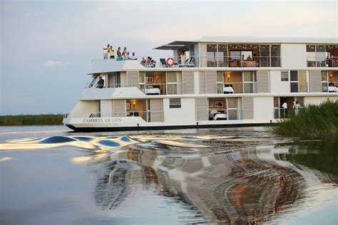 zambezi queen luxury houseboat gallery - Houseboat Zambezi Queen