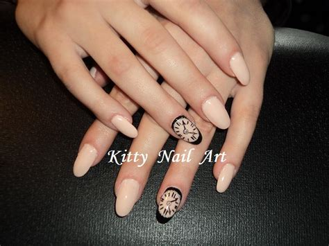 Oval Nail Designs