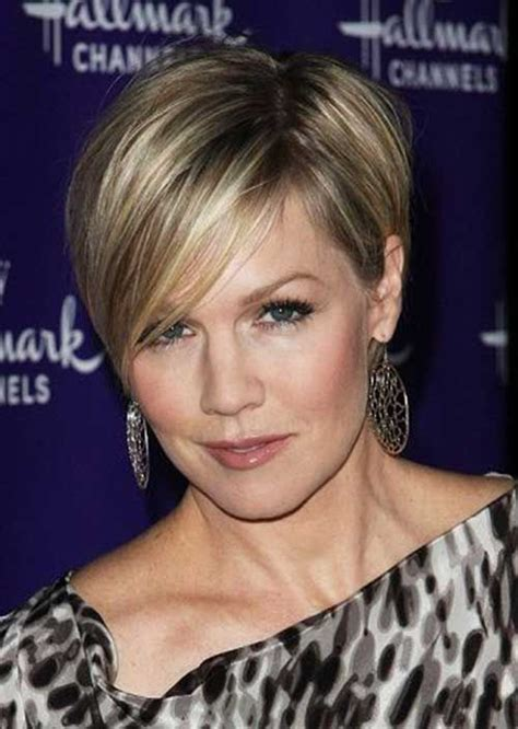 hairstyles of the 30 and 40 30 best short haircuts for women over 40 short haircuts