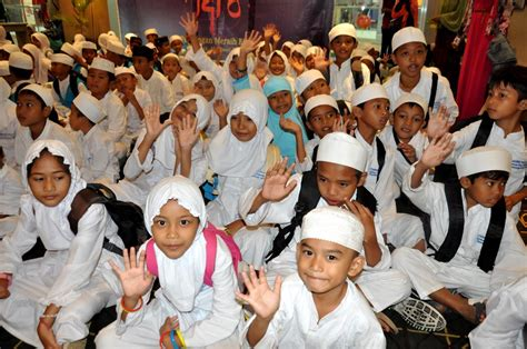 film bioskop opi mall ratusan anak rumah tahfidz yatim dhuafa serbu bioskop