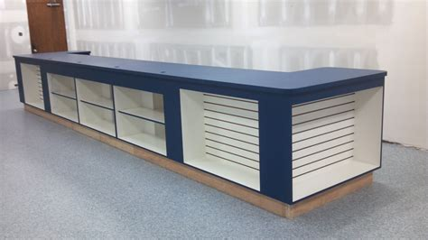vanity cabinets with tops
