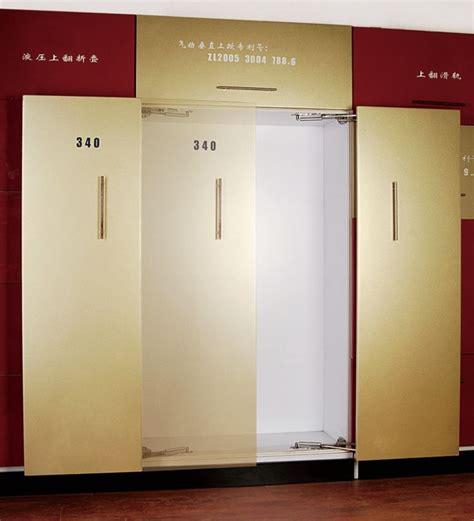 Sliding Wardrobe Door Mechanism by The 25 Best Sliding Door Mechanism Ideas On