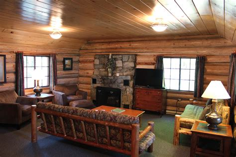 Country Style Bedroom Decorating Ideas inside cabins cabin 19 living room loversiq