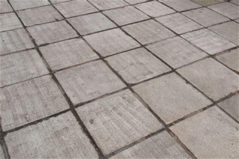 Betonplatten Streichen Terrasse by Beton Wasserdicht Versiegeln Anleitung