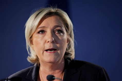 marine le pen why marine le pen has resigned as national front leader