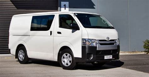 toyota vans carshighlight com cars review concept specs price