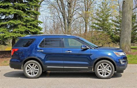 ford explorer 2017 suv review 2017 ford explorer limited driving
