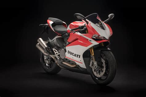 Ducati Corse Motorrad by 2018 Ducati 959 Panigale Corse First Look Fast Facts