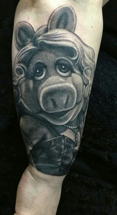 miss piggy tattoo designs 1000 images about miss piggy tats on