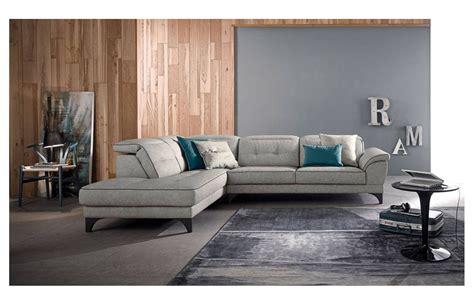 pulire divano il divano in pelle pulizia e manutenzione